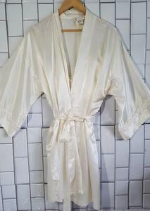 Vintage CALIFORNIA DYNASTY 100% Polyester Nightgow